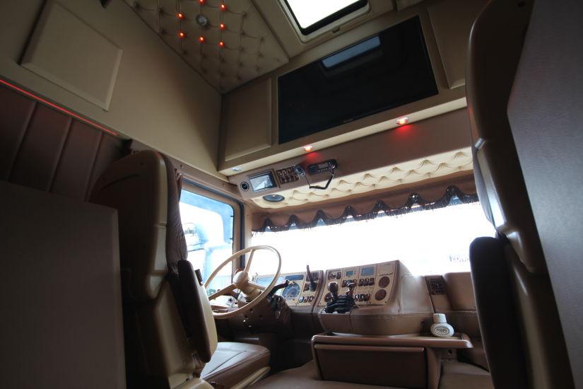 Scania longline sneepels recente projecten kentie for Interieur scania longline