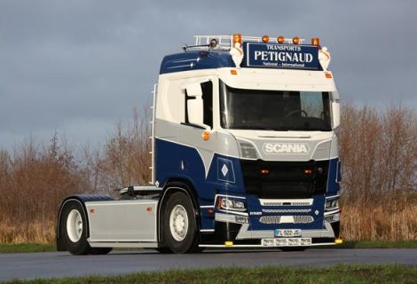 Scania NGR - Petignaud